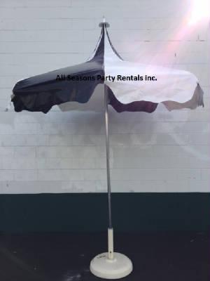webassets/Tallblackumbrella.jpg